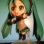 初音ミク (Hatsune Miku) figurine.